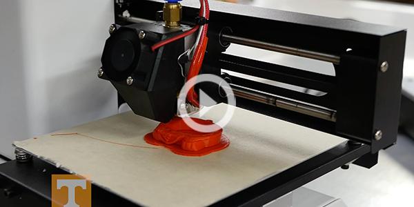 3D printer at Knox Makers